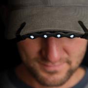 Светящаяся накладка Brimlit на кепку или другой головной убор с козырьком